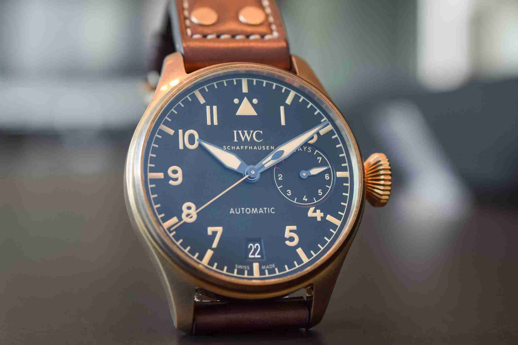 IW501005 Swiss IWC Big Pilot's Heritage Automatic Bronze Replica Watch Guide