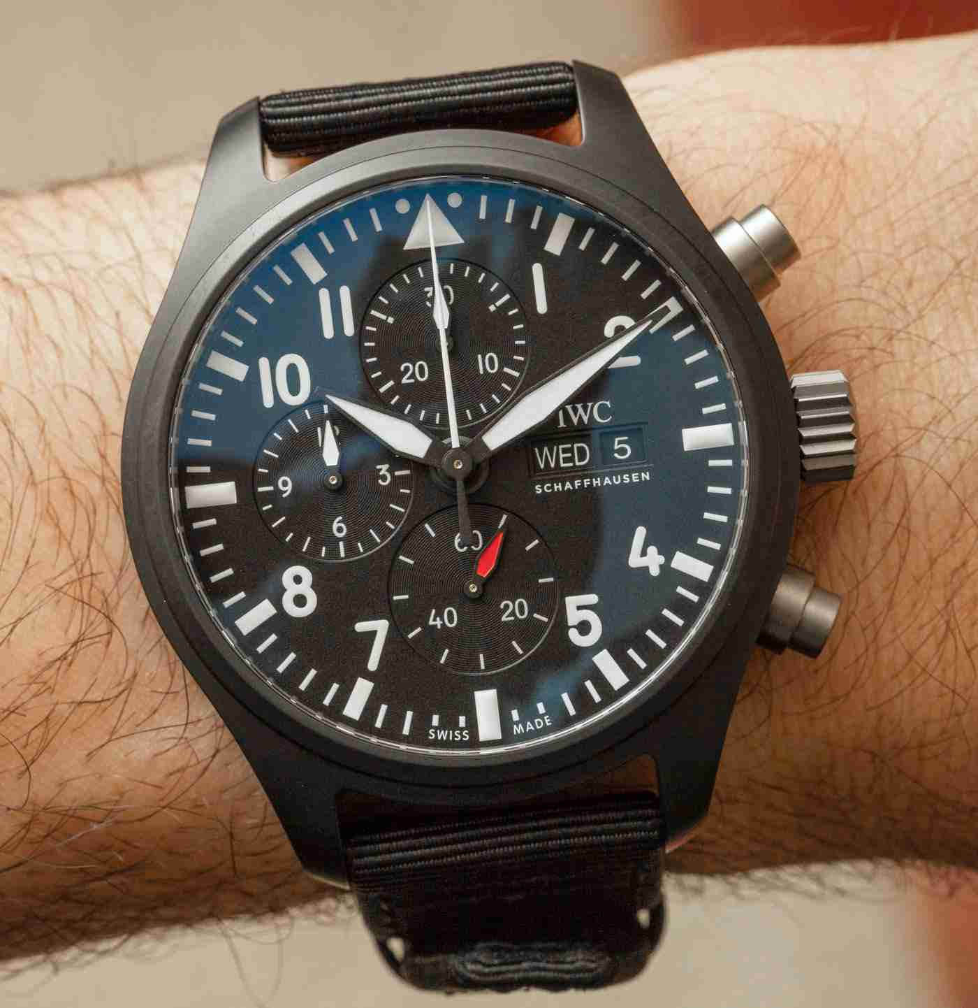 The IWC Pilot's Watch Chronograph TOP GUN Matte Black Ceramic Replica Hands On