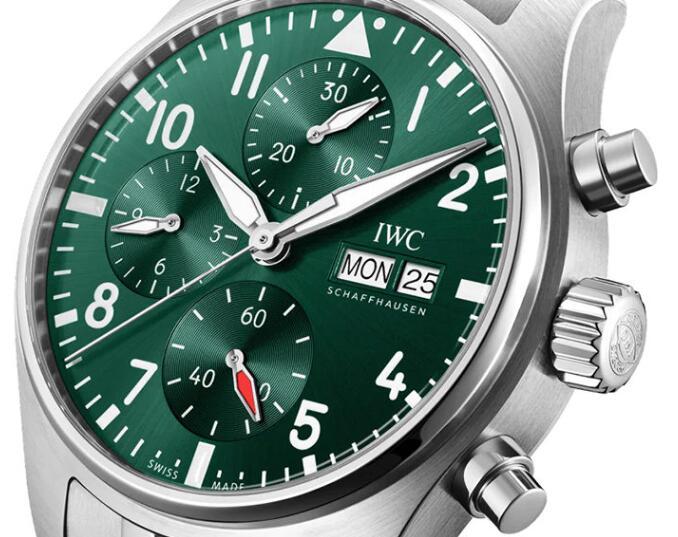 Replica IWC Schaffhausen Pilot's Watch Automatic 41 Green Dial Chronograph Review 2